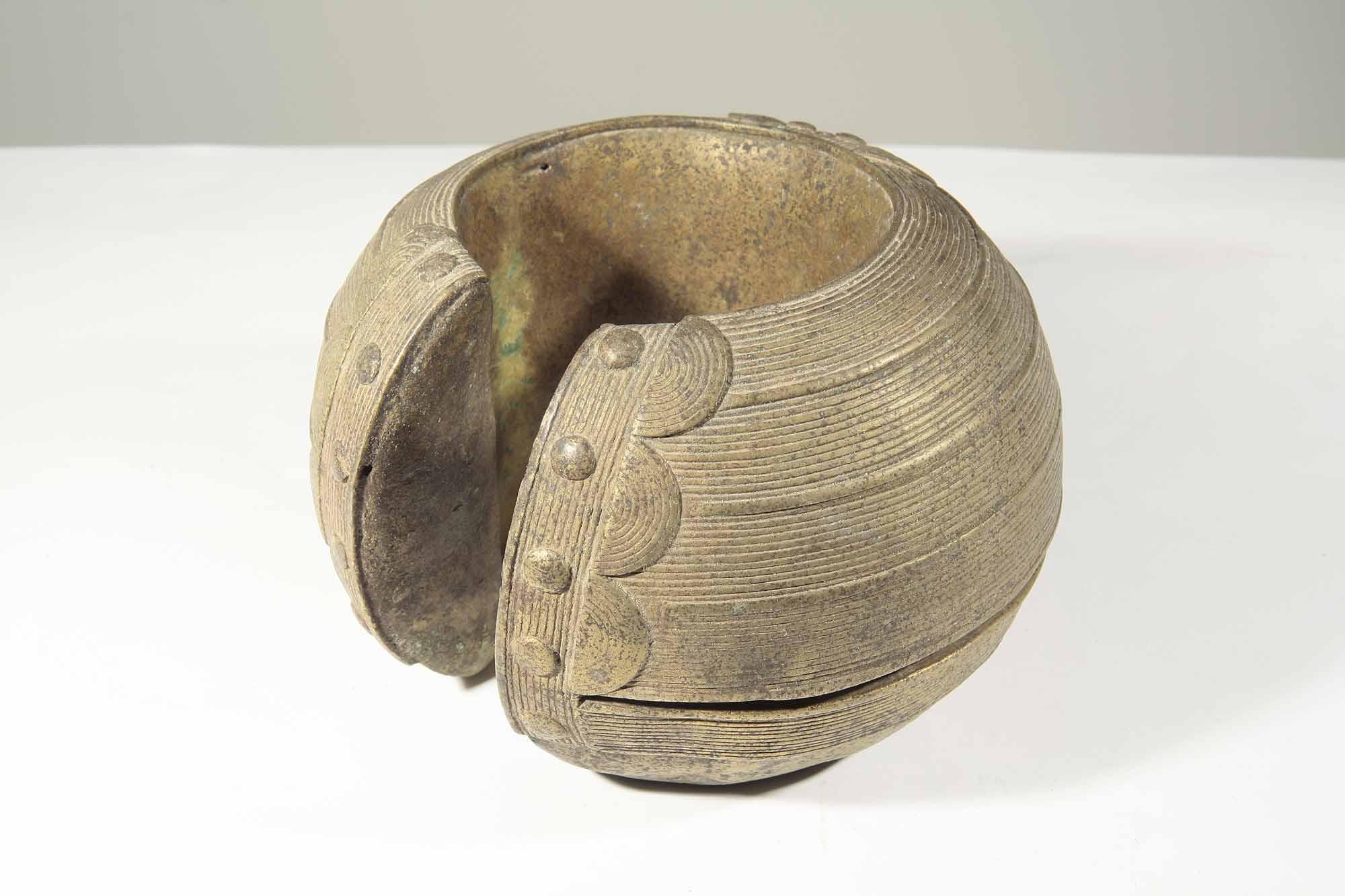 Ancien bracelet baoulé africain en bronze de Côte