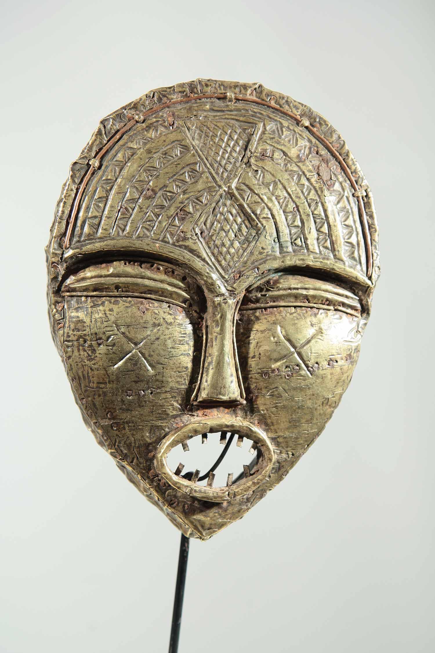 masque africain kota